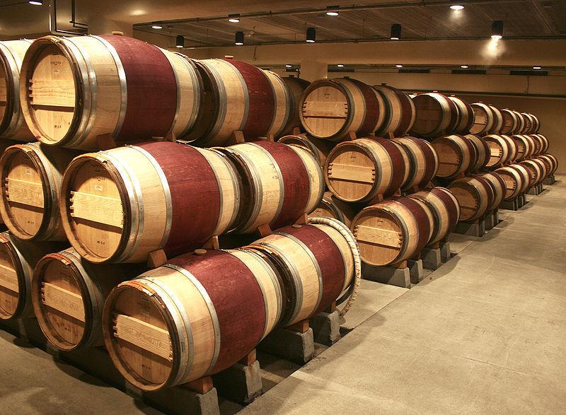 800px-Wine_Barrels.jpg